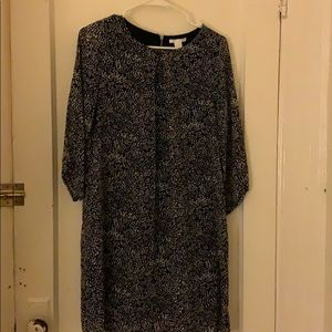 H&M Black and beige patterned dress size 6